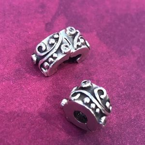 Pair of gorgeous Pandora clips. Retired.